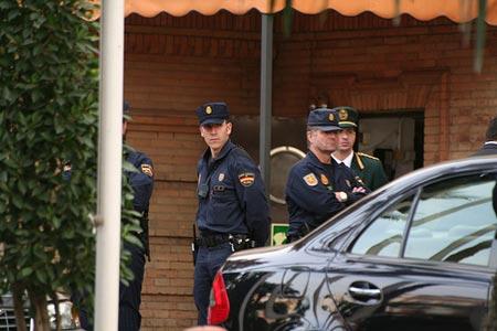 Los agentes que patrullaban la zona de la Avenida Ciudad Jardín fueron avisados por el 091
