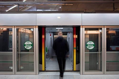 Aguilar destacó la inversión de la Junta en las redes de metro en Sevilla, Málaga y Granada