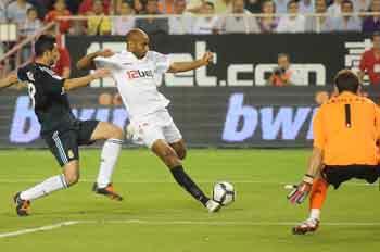 El Sevilla, tras vencer al Real Madrid este fin de semana, ha conocido hoy su rival en los dieciseisavos de final de la Copa del Rey, el Atlético Ciudad