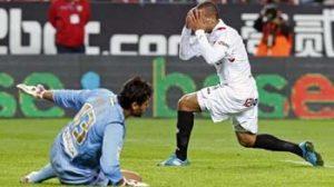 Las numerosas ocasiones fallidas fueron la clave de que el Sevilla no remontara/SevillaFC