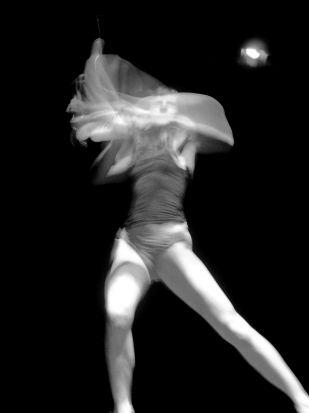 Sara Molina bailó en los actos de aniversario de Endanza