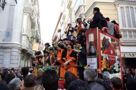 El domingo y el lunes de carnaval, son los mejores días para ver los carruseles de coros/davcan