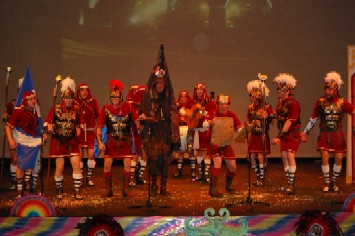 La chirigtoa del 'Pata' en plena actuación/Alcarnaval