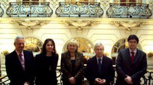 Rosamar Prieto-Castro junto al resto de representantes de 'Destino Sevilla'