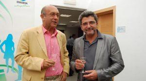 Gutiérrez Limones, junto a Manuel Marchena, gerente de Emasesa, a cuyo consejo de administración también pertenece el alcalde de Alcalá