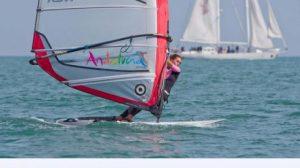 El viento flojo fue el gran handicap de Blanca Manchón/SA