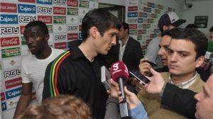 Los jugadores agradecieron el nuevo estilo de Víctor Fernández/realbetis