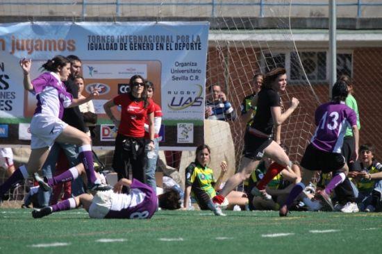 Encuentro de rugby femenino del Universitario de Sevilla C.R.