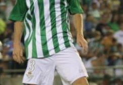 El defensa con la elástica verdiblanca durante un partido/RealBetis