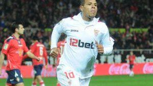 Luis Fabiano atendió a los medios en la rueda de prensa de ayer/SevillaFC