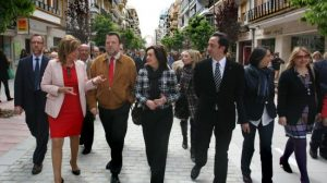 El estreno de la calle Asunción, con el alcalde y Mar Moreno a la cabeza/SA.