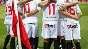 La plantilla celebrando uno de los tres goles que le endosó al Tenerife/sevillafc