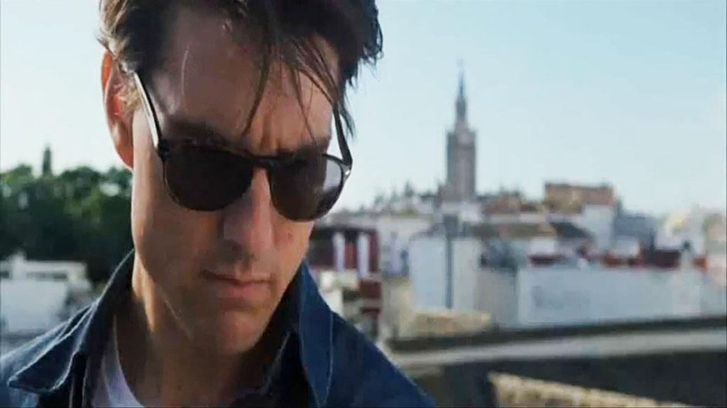 Tom Cruise en uno de los planos con la Giralda al fondo en Sevilla