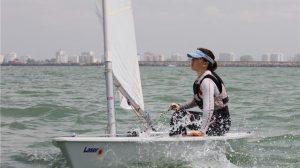 Patricia Coro y Amalia Ordóñez, en la foto, son las nuevas campeonas de Andalucía en la clase Laser.