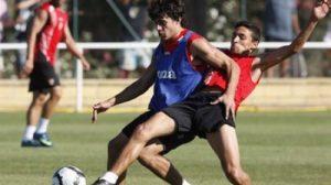 El argentino Diego Perotti no jugará mañana frente al Racing de Santander/SevillaFC