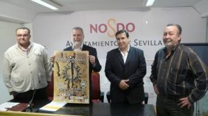 De izquierda a derecha: Luis Amaro (Hermano Mayor de El Sol), Antonio Torrijos (Delegado del distrito Sur), José Montes (coordinador del mercado) y Juan Quirós (director Distrito Sur)/SA