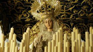 Virgen de Regla en su palio/ Jose Javier Comas