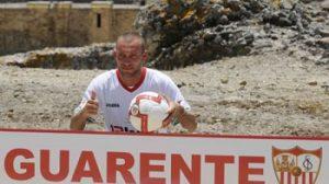 El jugador tiene a De Rossi entre sus referentes/sevillafc
