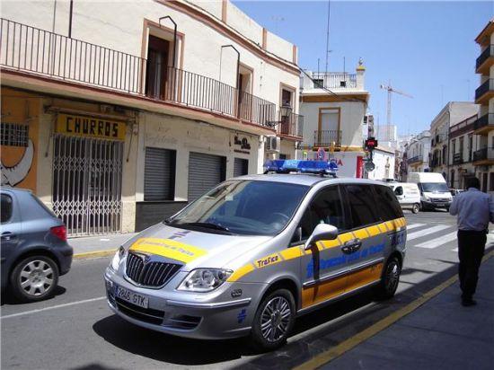 El alcalde de Alcalá ha obtenido para la Policía Local un coche que realiza test de alcoholemia/PA.