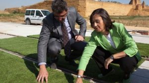 Rosa Aguilar y el alcalde de Alcalá han comprobado el estado de las obras del tranvía/AyuntAlcalá.