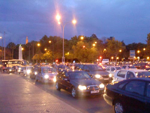 El tráfico representa la emisión de 3,6 millones de toneladas de CO2 al año./SA