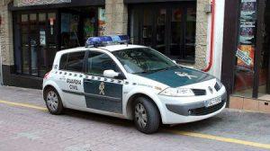 Las cuatro mujeres agredieron a la víctima con palos y una barra de hierro