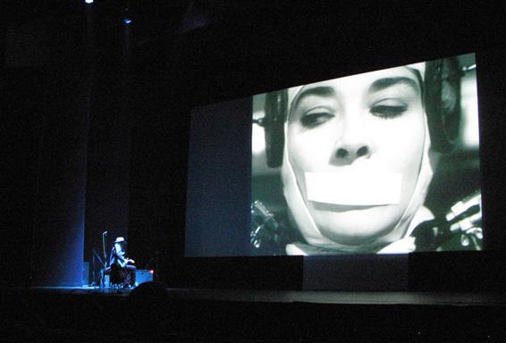 El neoyorquino Gary Lucas nos mostrará su arte con la guitarra en 'Sonidos del surrealismo • Monstruos del subconsciente'. / CICUS