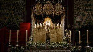 La Virgen de Regla en el altar de la Catedral a pocas horas de ser coronada/ Manuel Jesús Rodríguez Rechi