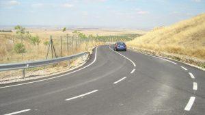 La carretera contaba con poca visiblidad para los conductores y curvas peligrosas/AyuntSalteras.