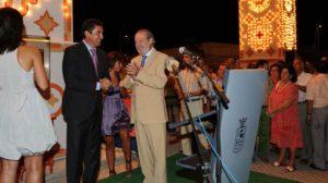 El presidente de la Diputación estuvo presente en el alumbrado de la feria/DiputSevilla.