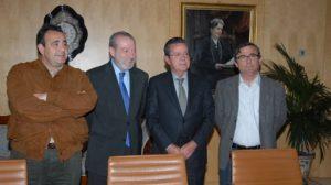 Juan Antonio Gilabert, Fernando Rodríguez Villalobos, Antonio Galadí y Alfonso Vidán, de UGT, Diputación, CES y CCOO