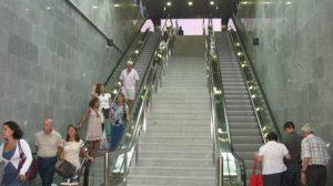 La estación de Puerta Jerez acoge a una media de 4.400 viajeros al día