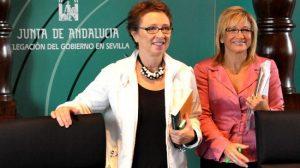 Aguayo junto a Tovar durante la presentación de los Presupuestos autonómicos para 2011 en Sevilla