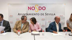 Rosa Aguilar en una de sus últimas comparecencias públicas como consejera de Obras Públicas