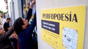 La calles es un elemento más de Pefopoesía 2010/perfopoesia.blogspot.com