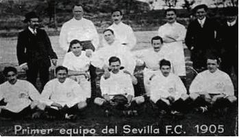 Como bien dice la fotografía, es el primer equipo del SevillaFC/balondigital