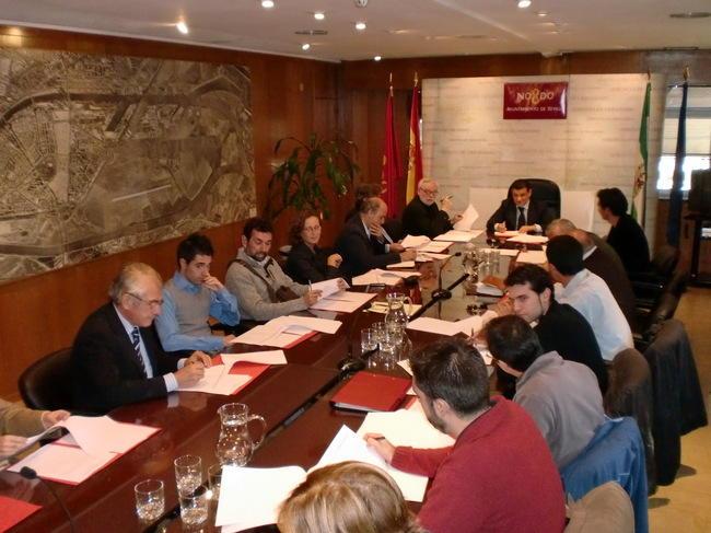 Distintos colectivos de Sevilla forman parte del foro ciudadano