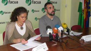 De izquierda a derecha: Isabel Peñalosa, secretaria general de Al-Andalus, y Rubén Sánchez, secretario general de Facua-A. /SA