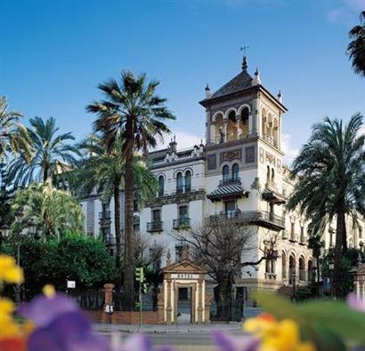 El lujoso hotel cerrará durante diez meses, desde el verano de 2011 y hasta la primavera de 2012