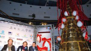 Para los modistos es su primera incursión en el diseño de la Navidad comercial/María Campos