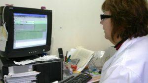 la_doctora_Rabat_protocoliza_una_teleconsulta
