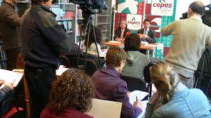 Seis de cada diez andaluces consideran que la situación económica es negativa, según CEPES. /SA