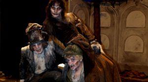 """Bartolomé, Godofredo y la Baronesa de Champiñán, son tres """"zombis"""" muy afortunados, ya que la vida, o la muerte según se mire, les ha concedido una segunda oportunidad. /cicus"""