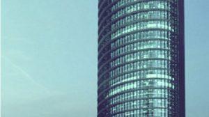 Las jornadas tendrán como centro de atención la torre ideada por César Pelli para Cajasol./SA