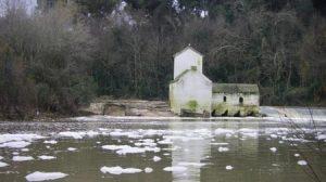 En estas mismas fechas del año pasado el río Guadaíra sufrió varios vertidos/SA.