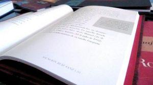 la primera edición de 'Poesía Comestible' para la celebración del Día Mundial de la Poesía. La Asociación Andaluza de Poesía Escénica organiza