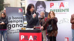 Pilar González junto a Pilar Távora, esta mañana en Sevilla/PA