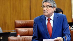 La dimisión de Luis Pizarro escenifica la ruptura entre las direcciones regional y provincial del partido