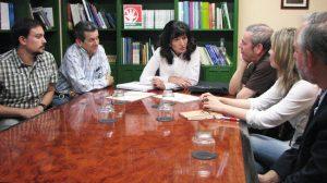 Una representación de la Iniciativa Ciudadana 2019-2022, junto a Pilar González