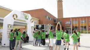 Estudiantes universitarios celebrando la Semana Verde en la UPO. /SA